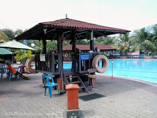 Kolam Renang Cemara Asri Medan (Pos Pengawas)