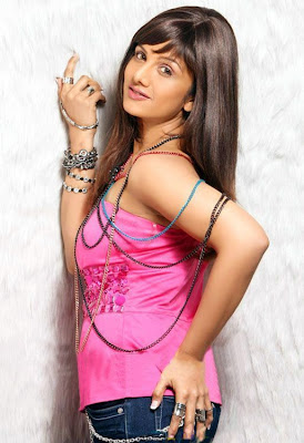 Actress Ramba Hot Back Show Photos