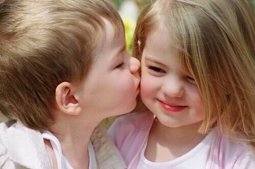 Beautiful And cute Baby Wallpapers - cute Baby Kiss ~ Hot And cool Wallpapers, Amazing And Funny ...