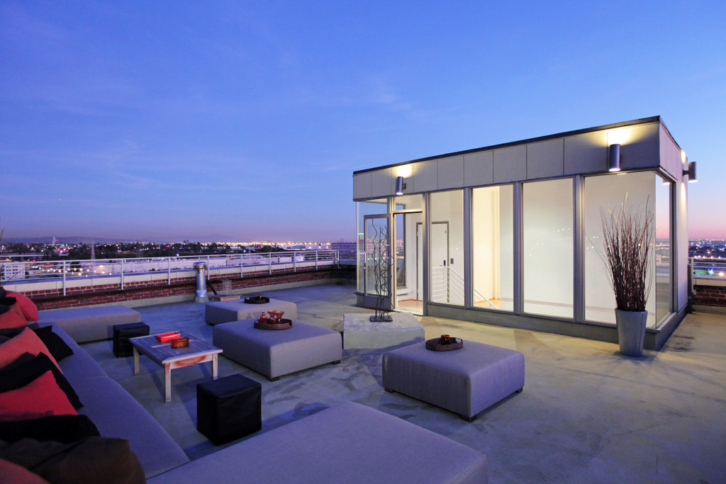World of architecture penthouses amazing nabisco bakery for Penthouse apartment los angeles