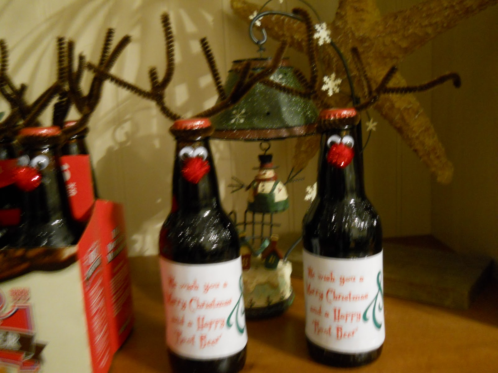 Creative Commotion: We wish you a Merry Christmas and a Happy Root Beer!