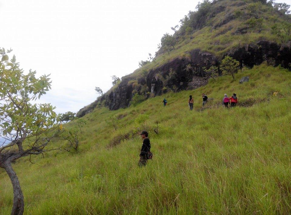 bukit pulau karamasang