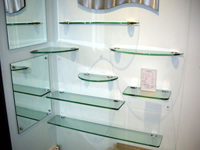 Modern home interior design bathroom glass shelves for Bathroom glass shelves