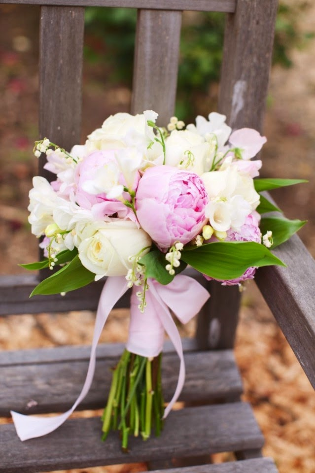 Le muguet s 39 invite la noce ido 39 s - Bouquet de muguet photo ...