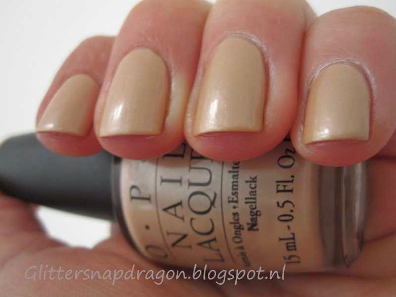 OPI Sand In My Suit