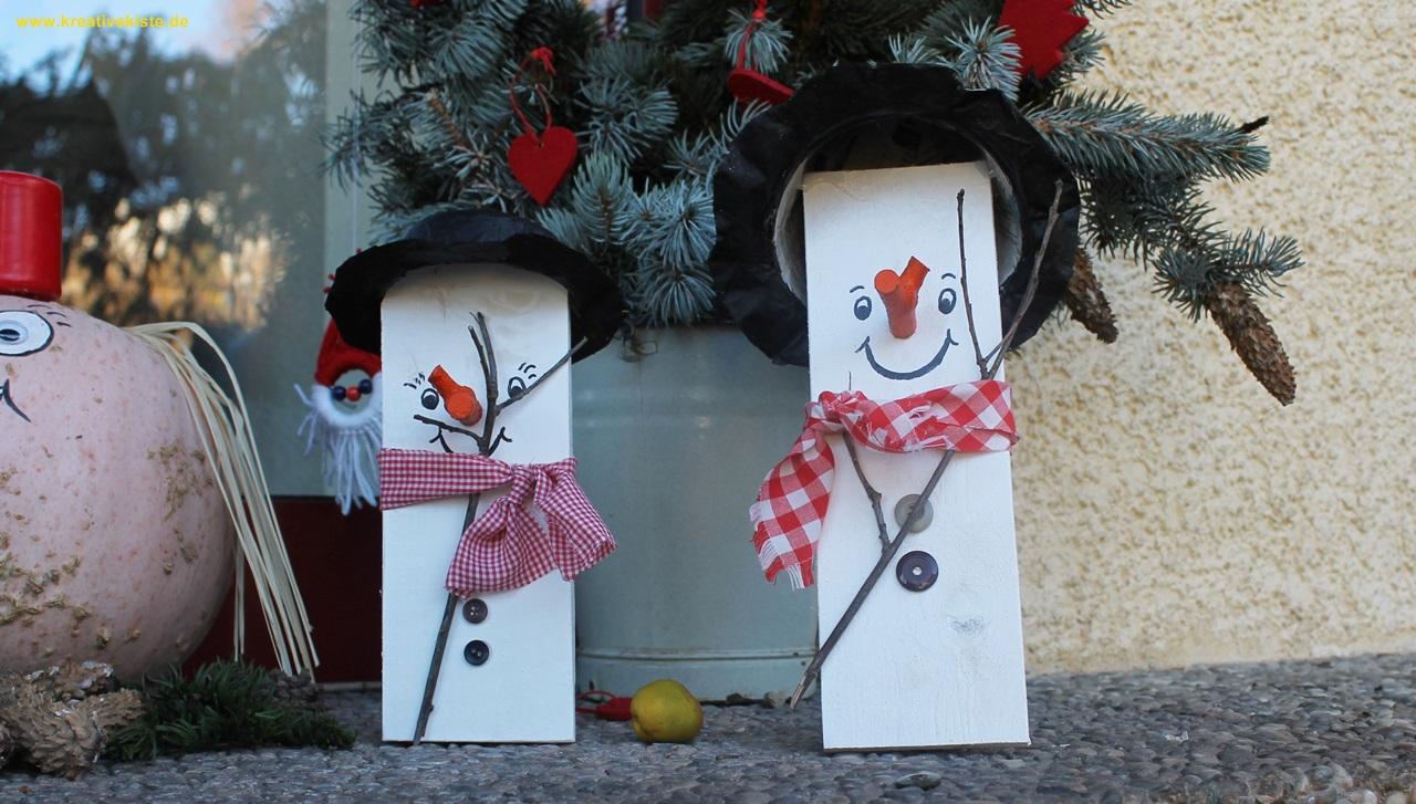 kreative kiste einfache brettchen schneem nner als dekoration im winter bauen. Black Bedroom Furniture Sets. Home Design Ideas