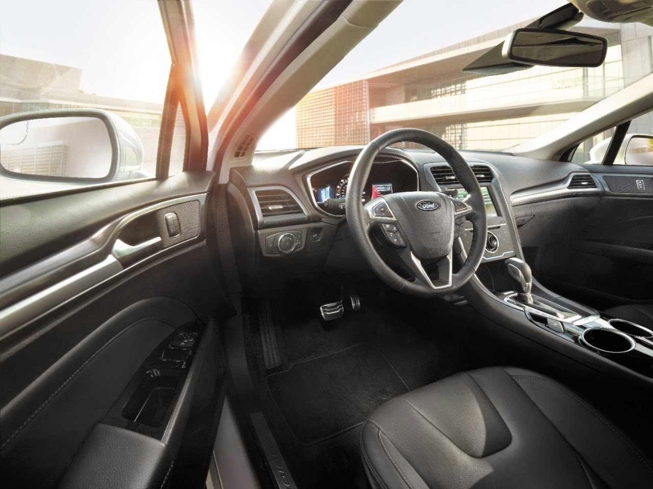 Interior view of 2015 Ford Fusion