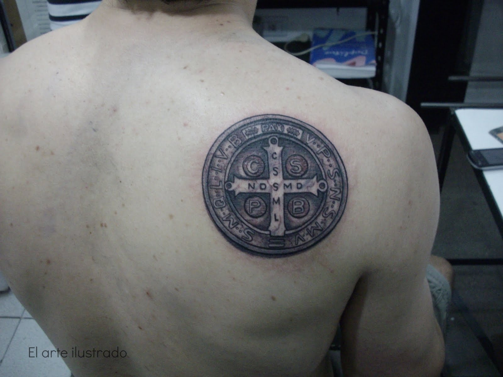 Tatuajes De Rosas Para La Espalda en Pinterest | Tatuajes, Tatuaje