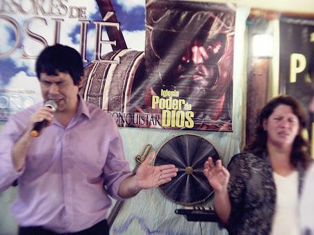 Pastores Mario y Alicia