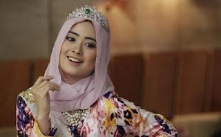 Kata Mutiara Islami Tentang Berdusta, Inggris-Indonesia Terbaru