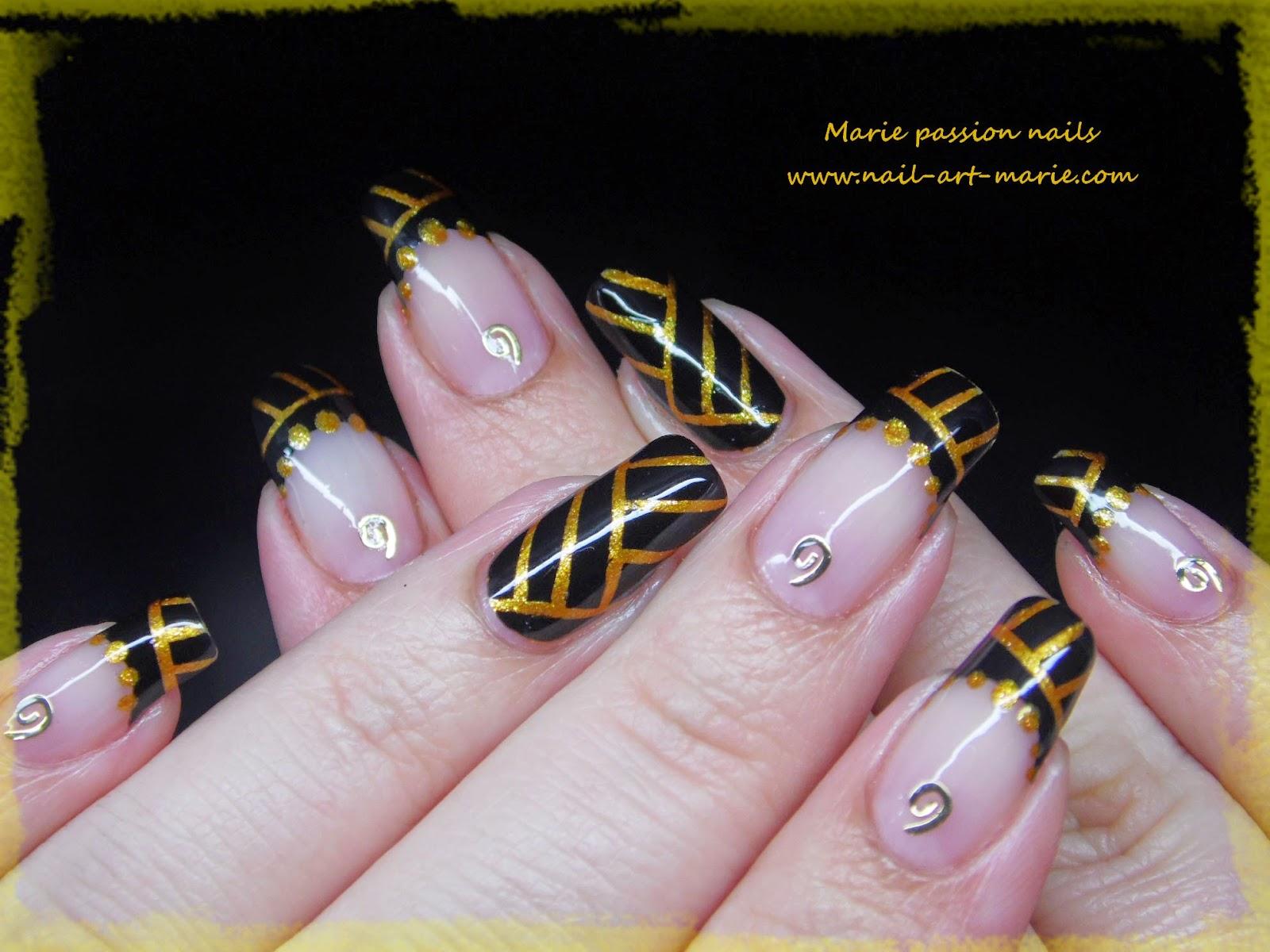 Nail art égyptien5