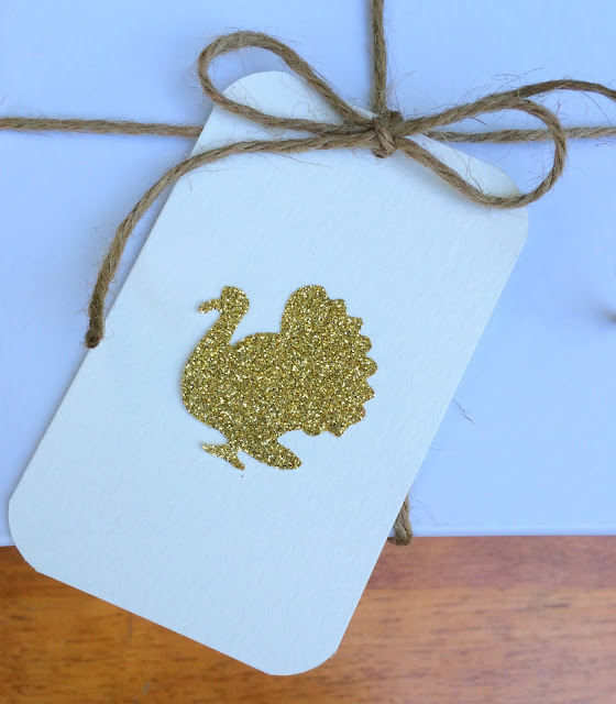 Gold Glittered Turkey Tags | www.jacolynmurphy.com