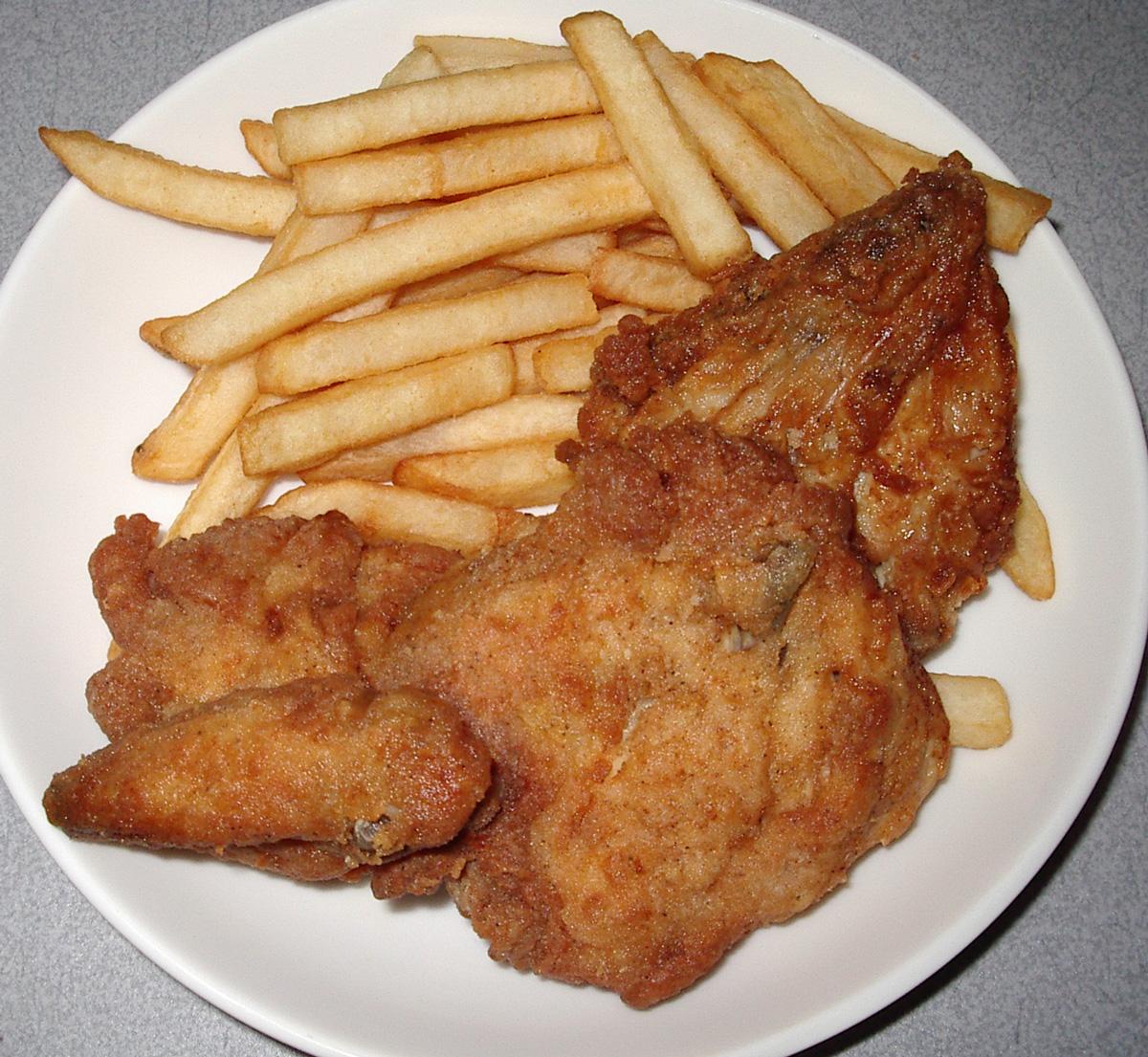http://4.bp.blogspot.com/-gbTGoCDD7pw/Tepc5PkM0PI/AAAAAAAABwQ/QORN8GhZfZ4/s1600/kfc+chicken.jpg