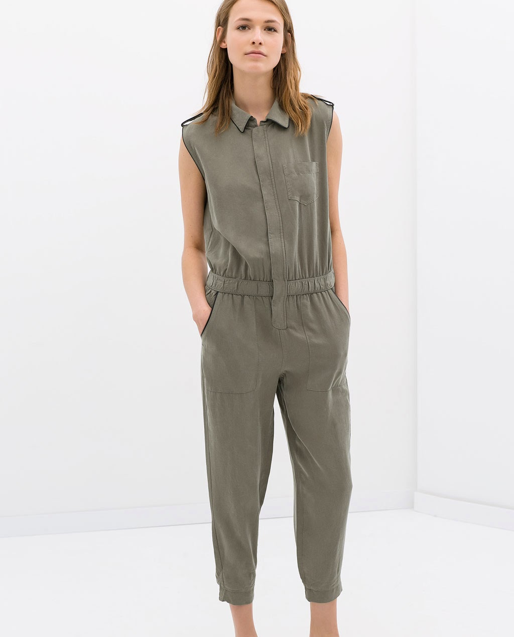 Pon un mono o jumpsuit en tu vida porque son ideales para el verano, tanto cortos como largos, colores lisos y estampados