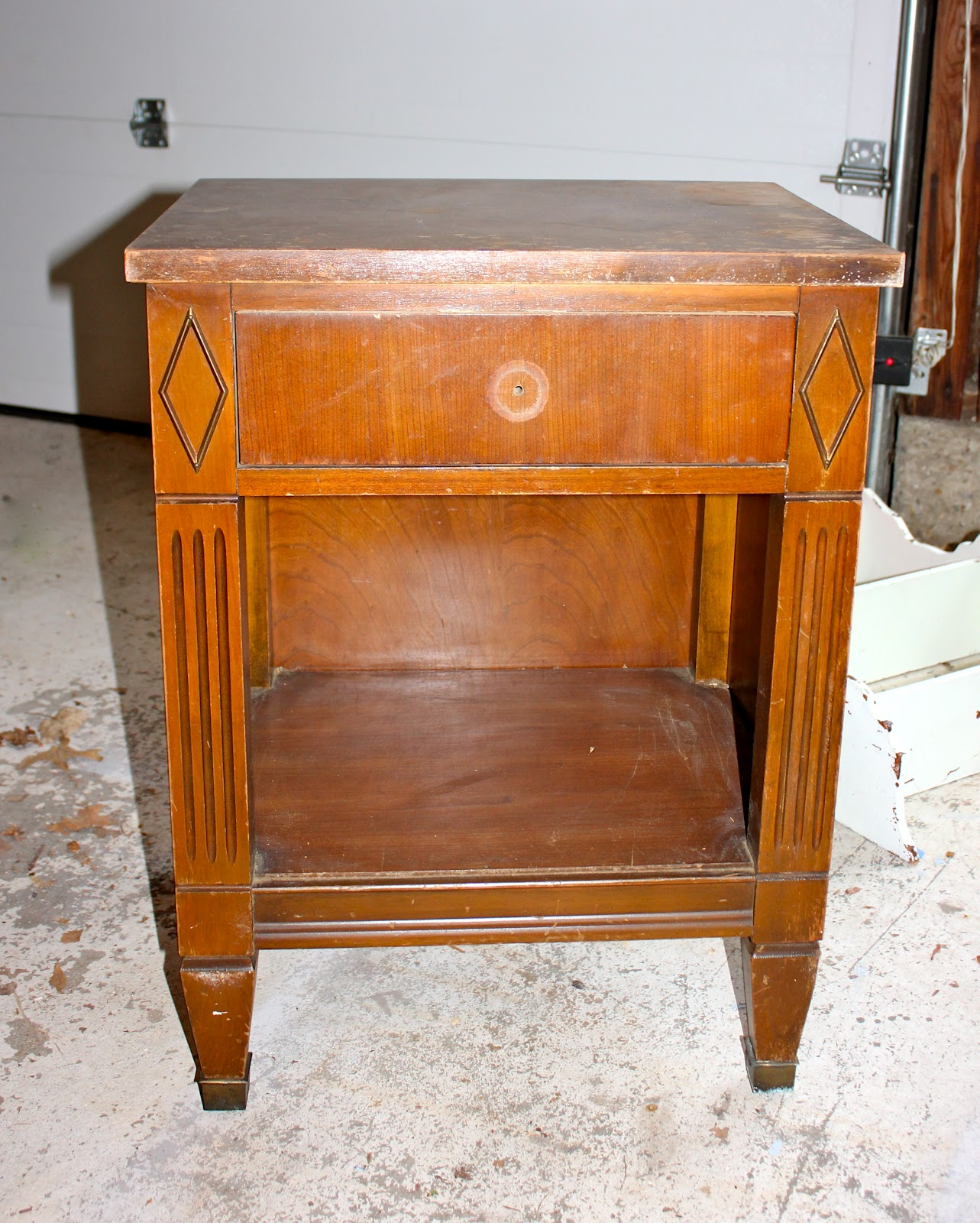 Craigslist NIghtstand Makeover....To Sell Or Not to Sell?? - - Sell My Antique Furniture Antique Furniture