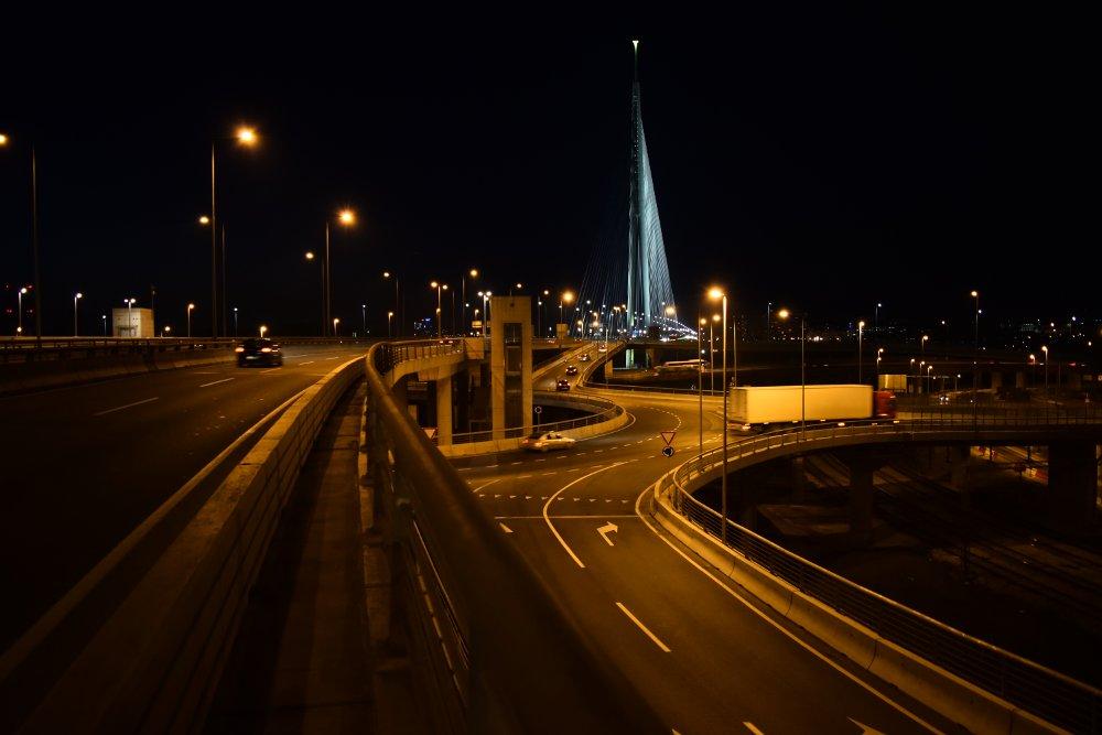 Izuvijana petlja - Most na Adi