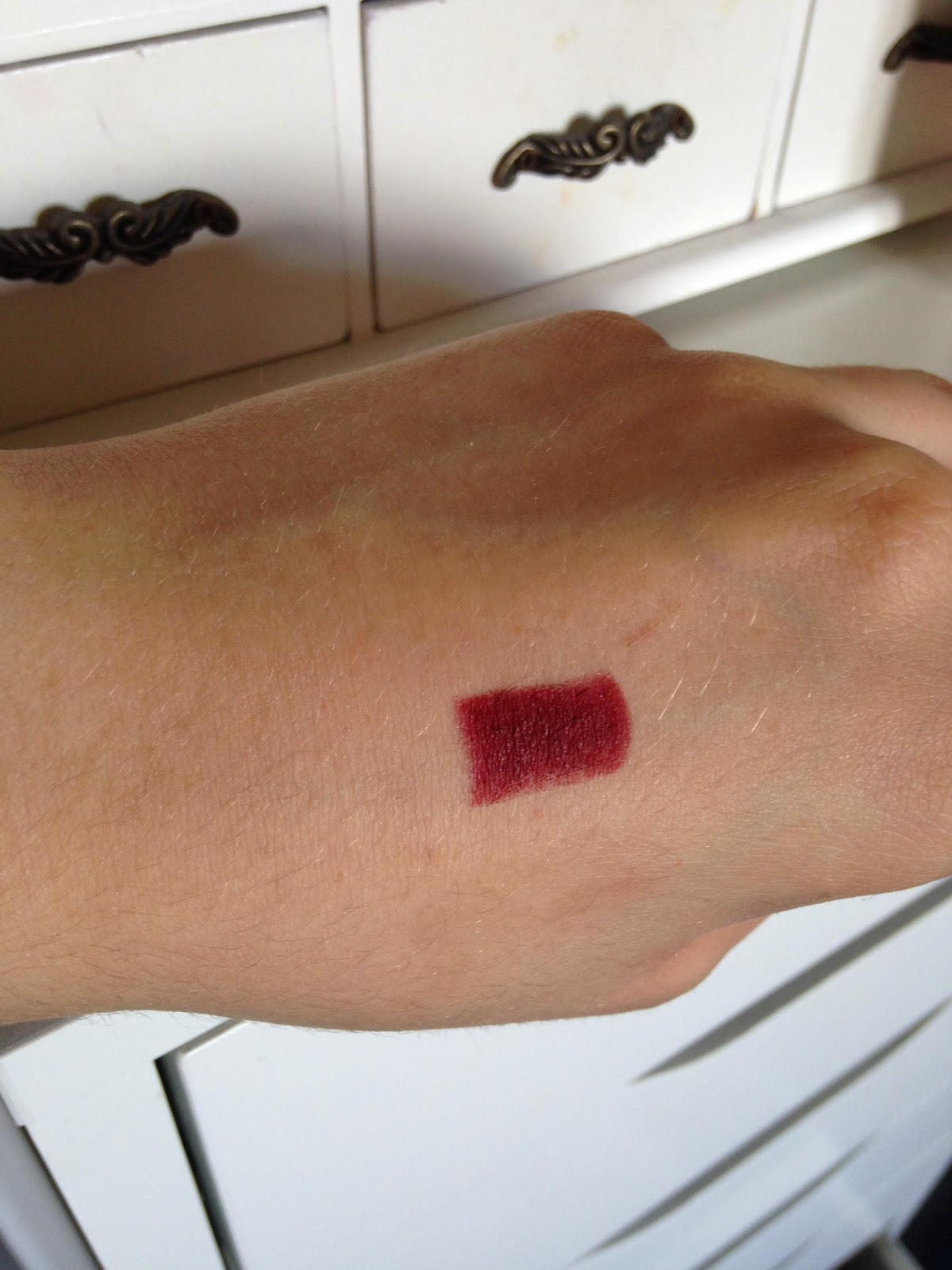 MAC A Novel Romance Collection Lipstick in Hearts Aflame Swatch