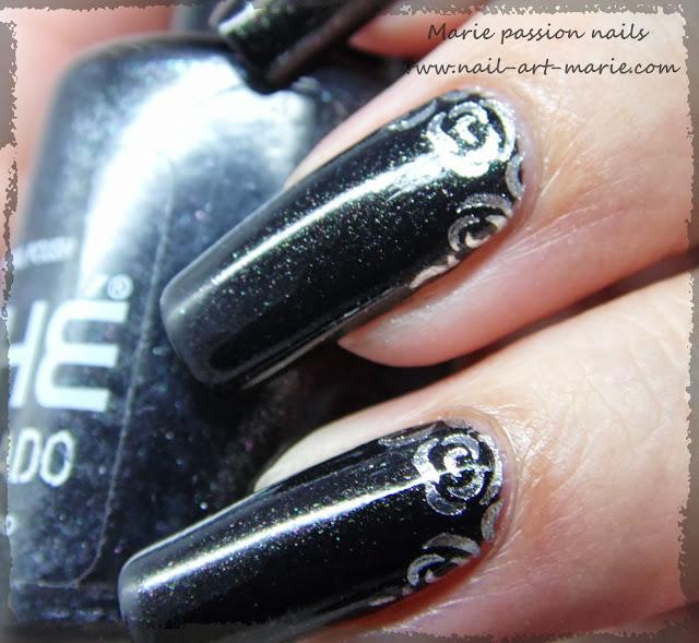 Nail art roses argentées6