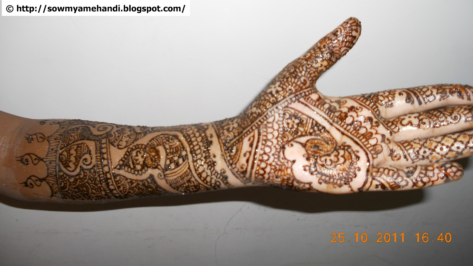 Mehndi Patterns Diwali : Sowmya s mehndi diwali designs