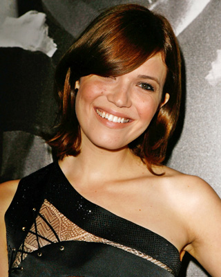 mandy moore haircut short mandy moore curly hair