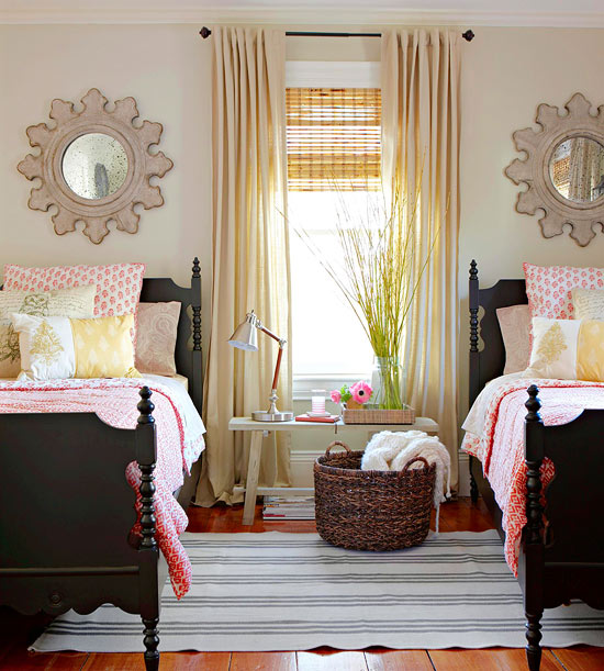 Modern Furniture: Modern Bedroom Decorating With Summer