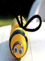 http://manualidadesparaninos.biz/abejas-para-decorar-tu-jardin/