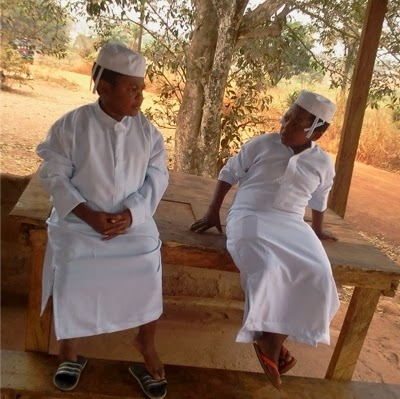 aki pawpaw white garment pastors