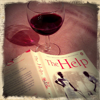 The Help by Kathryn Stockett, Review by Five Go Blogging
