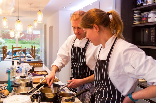 A stress free dinner party with La Belle Assiette, private chef, dining at home, fine dining, dinner party