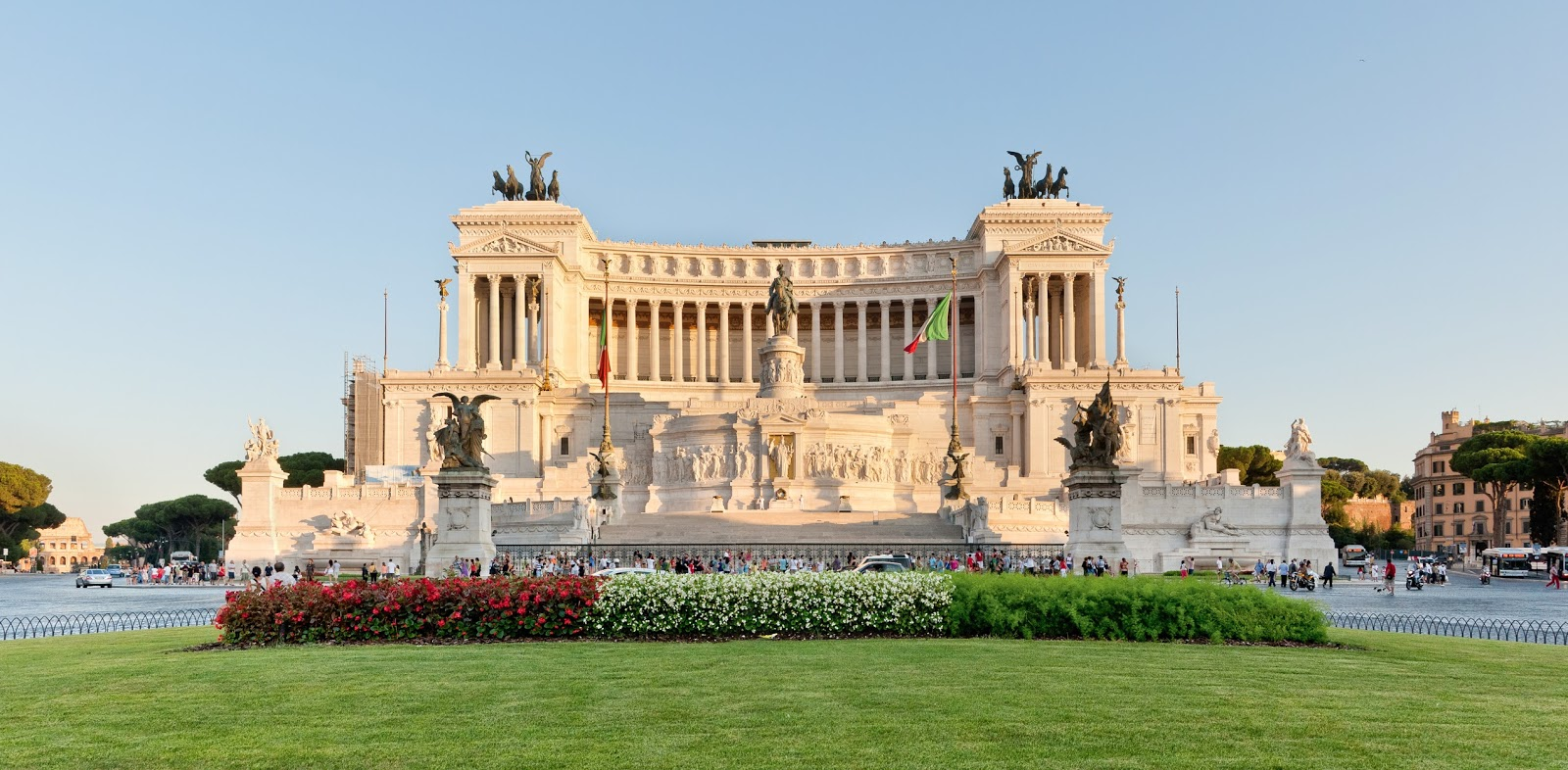 Piazza venezia em roma dicas da it lia for Edificio di 10000 piedi quadrati