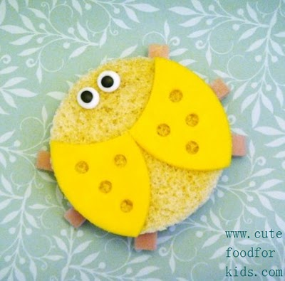 http://4.bp.blogspot.com/-gcatoOM6JyE/UiJJ62slmaI/AAAAAAAAwuk/ay474DOTWKM/s1600/comida+divertida+crian%C3%A7a+alimento+culin%C3%A1ria+infantil+animada+enfeitada+queijo.JPG