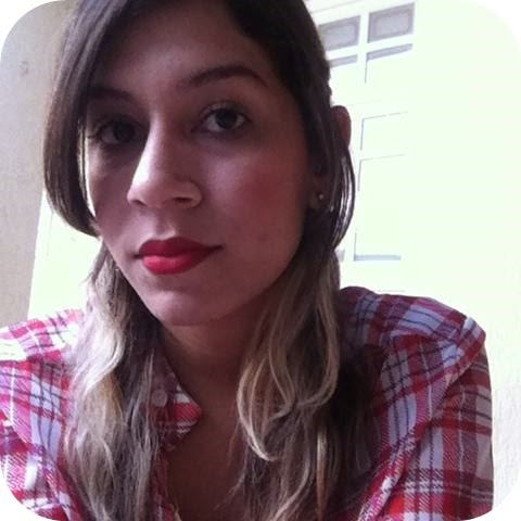 Isabelle Lara Campos