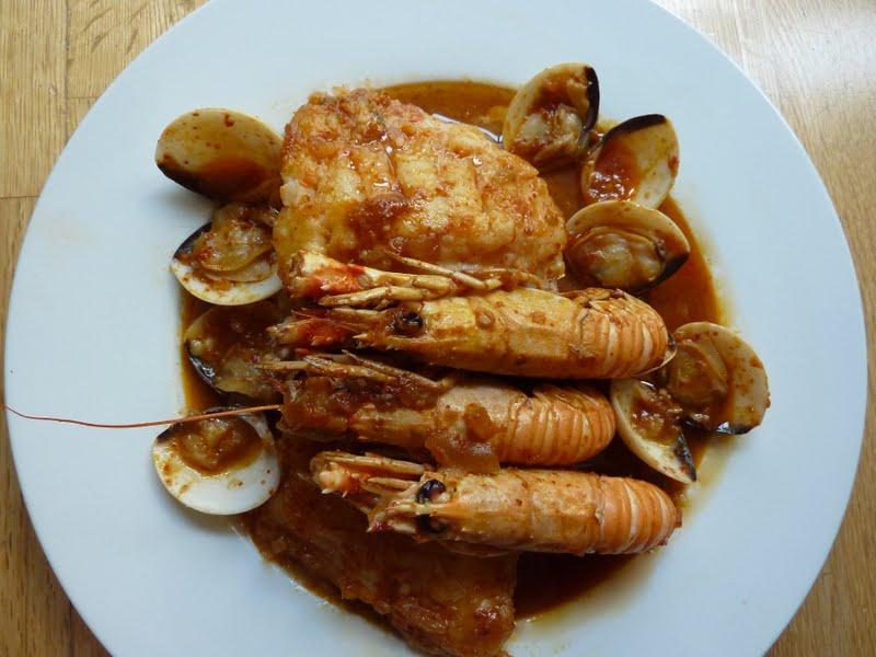 Charo y su cocina zarzuela r pida de bacalao con marisco for Cocinar zarzuela