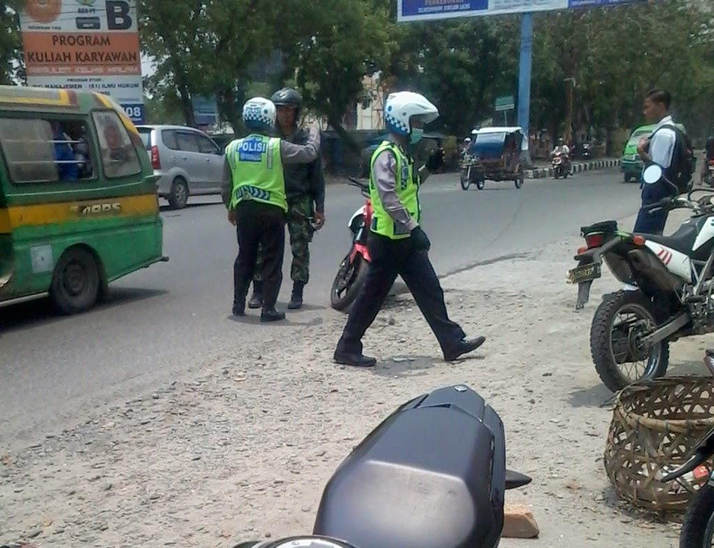 Ayo pak TNI gas aja laler hijau itu !!!