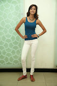 Erika Fernandez glamorous photos-thumbnail-6