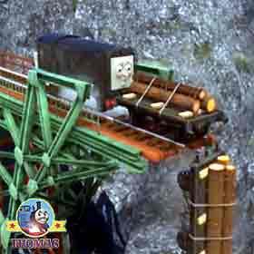 Thomas Misty Island Rescue Diesel Jobi logs falling of wooden track end splashing sea water below
