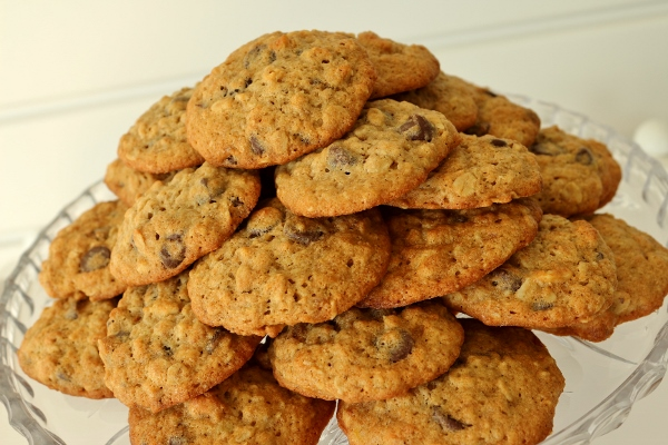 Mission: Food: Banana-Walnut Chocolate Chip Cookies