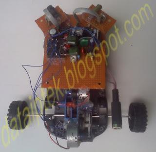 Gambar robot sensor jarak (halangan) Bag-6