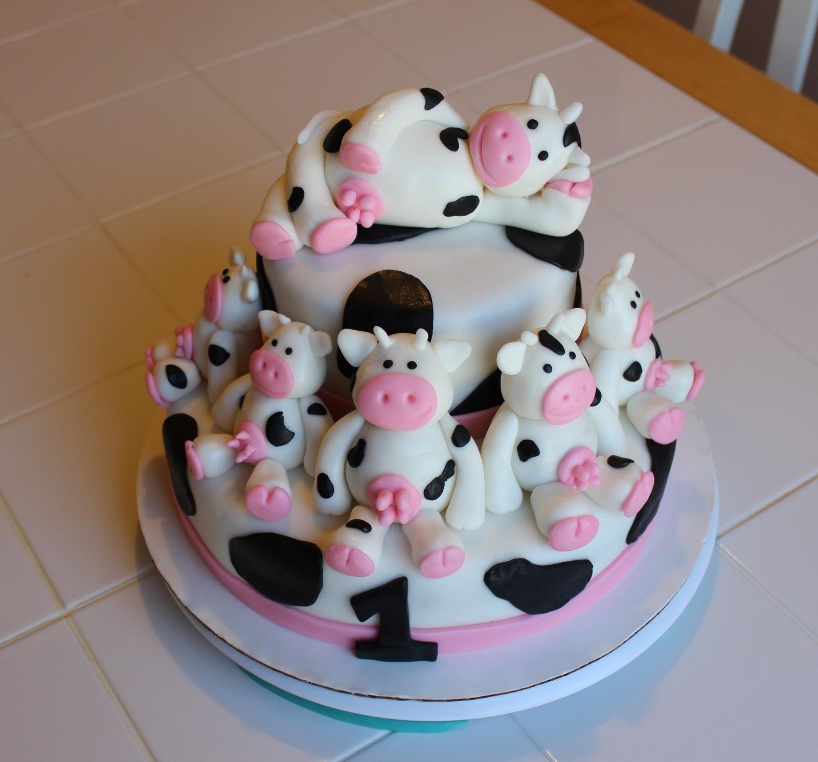 Bethanys Creative Pursuits Udderly Delightful Cow Cake