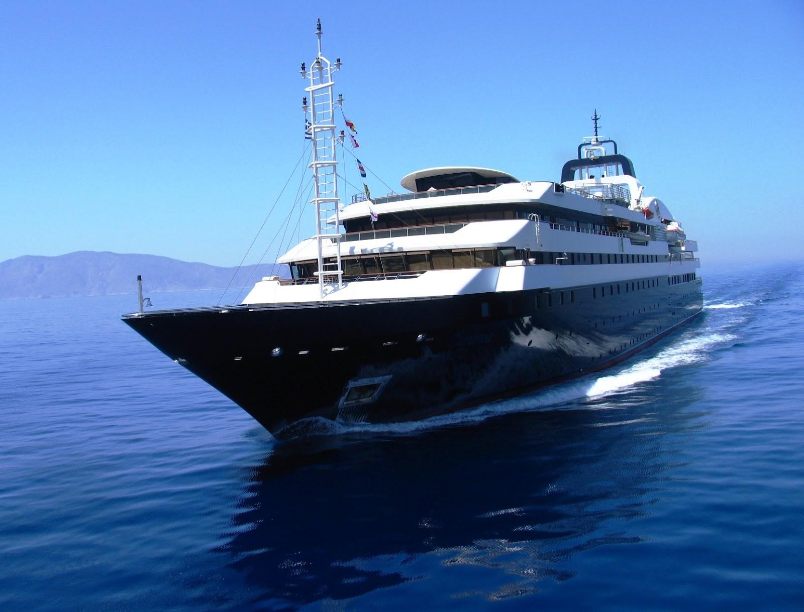 Turama Megayacht