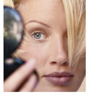 The people use retinol cream to peeling skin