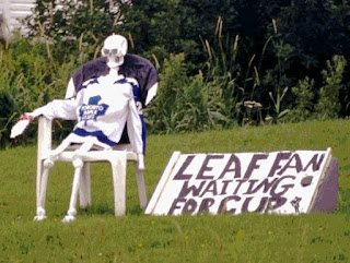 leaf-fan-waiting-for-cup.jpeg