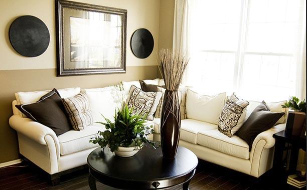 Gambar Desain Ruang Tamu Kecil yang Cantik dan Elegan