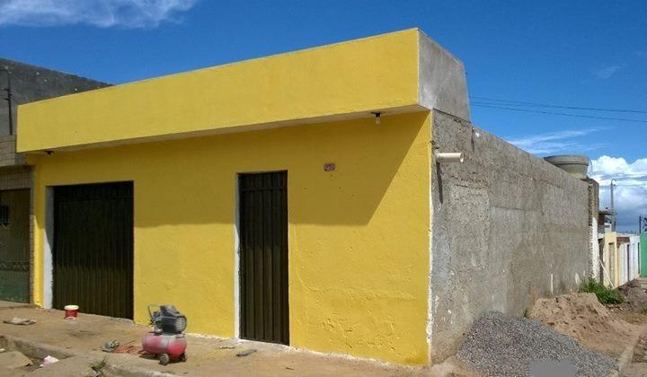 Vendes uma casa  no Parque fenix em Garanhuns  68.000.00