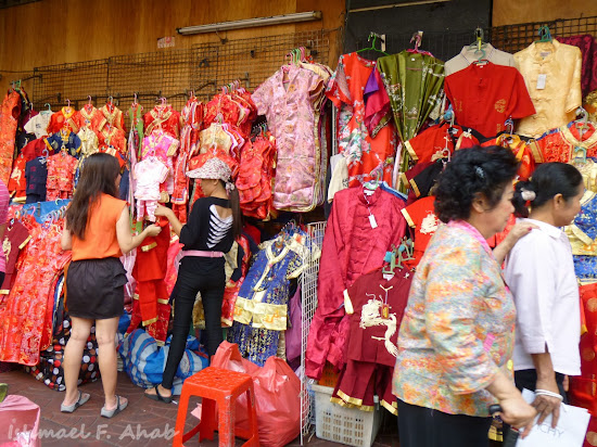 Chinese clothes at Yaowarat Road