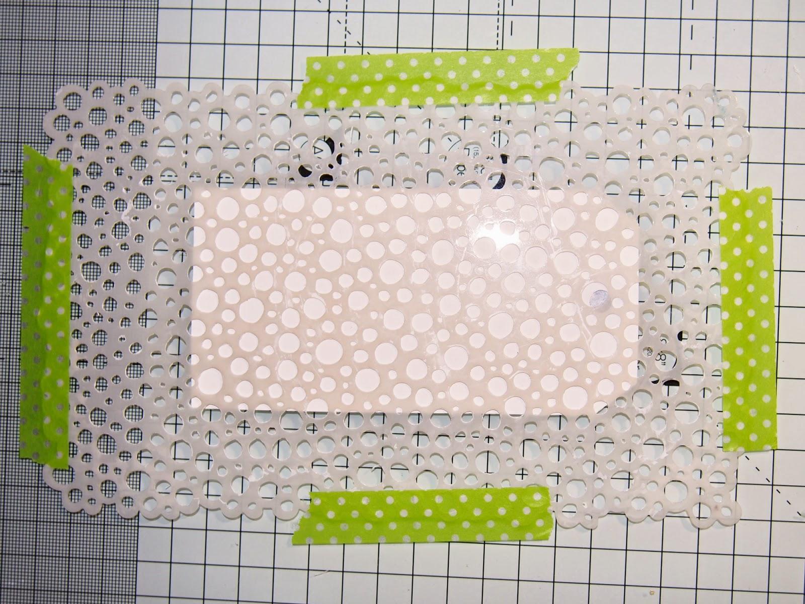 Mixed media visačka - bílá texturovací pasta.