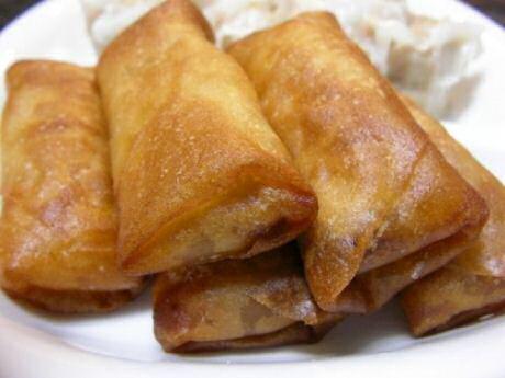 Makkelijk recept om zelf loempia te maken met kip, garnaal of tofu en allerlei groenten naar wens