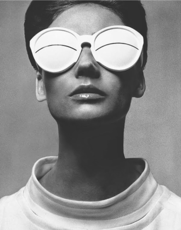 ARTS & CULTURE | PHOTOGRAPHER : RICHARD AVEDON