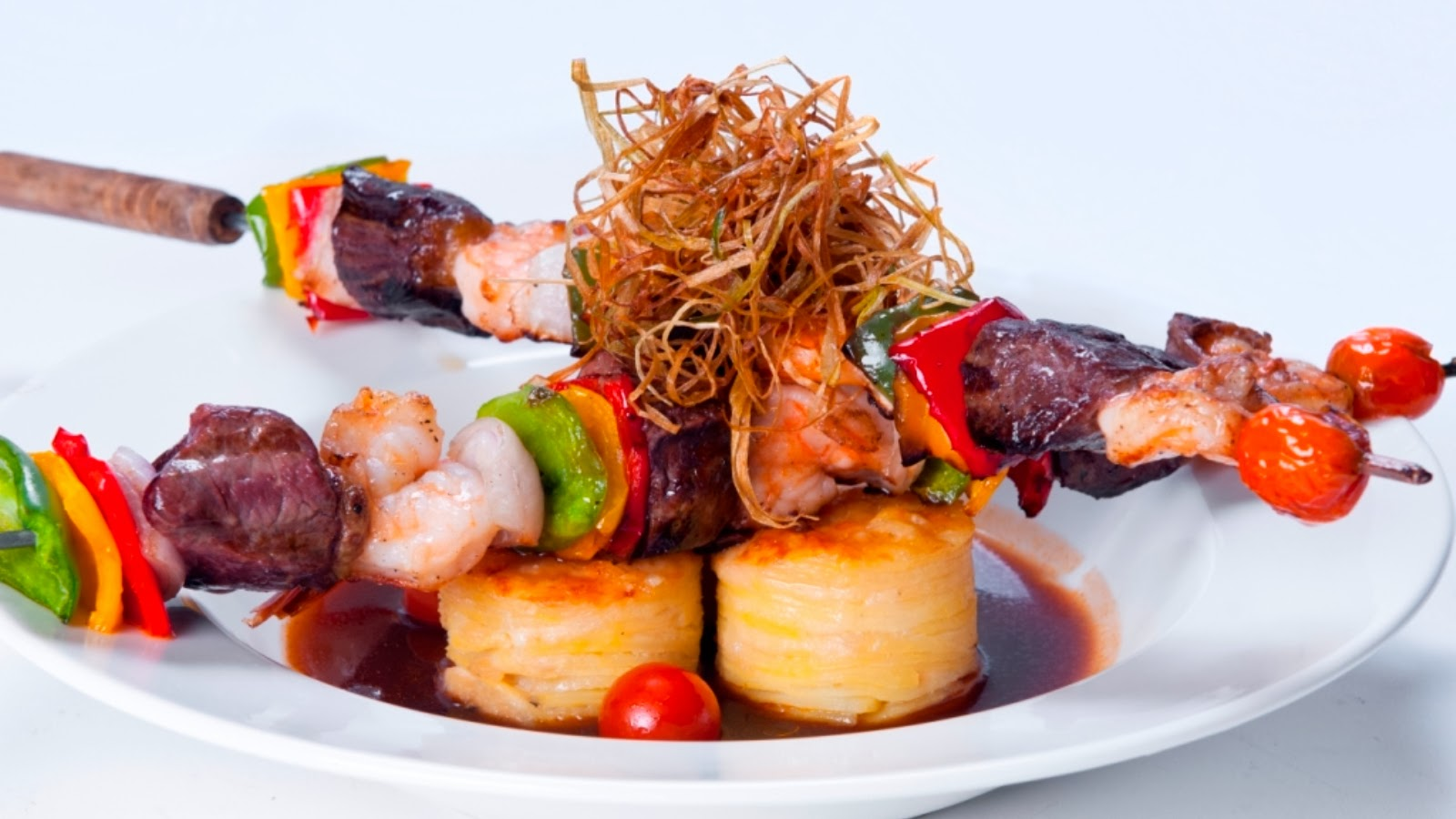 Picante's food is designed to reflect a wide range of world flavours with influences from Africa, India and the Far East