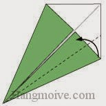 Bước 7: Gấp chéo cạnh dưới tờ giấy vào trong.